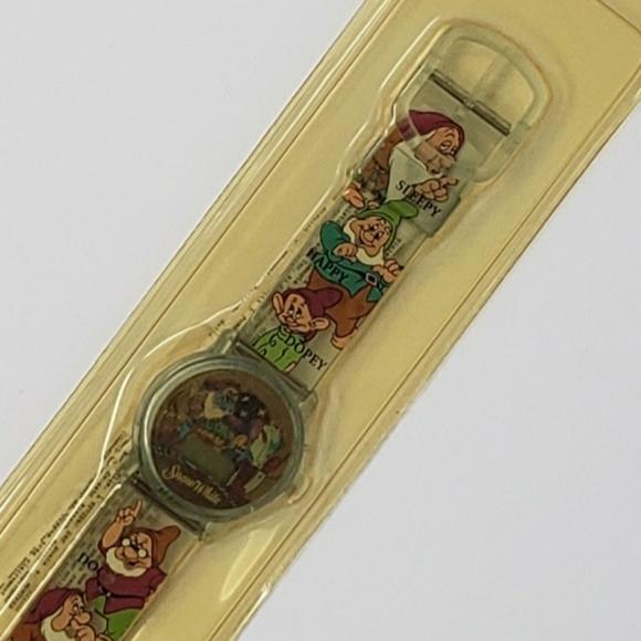 New vintage Disney Snow White digital watch